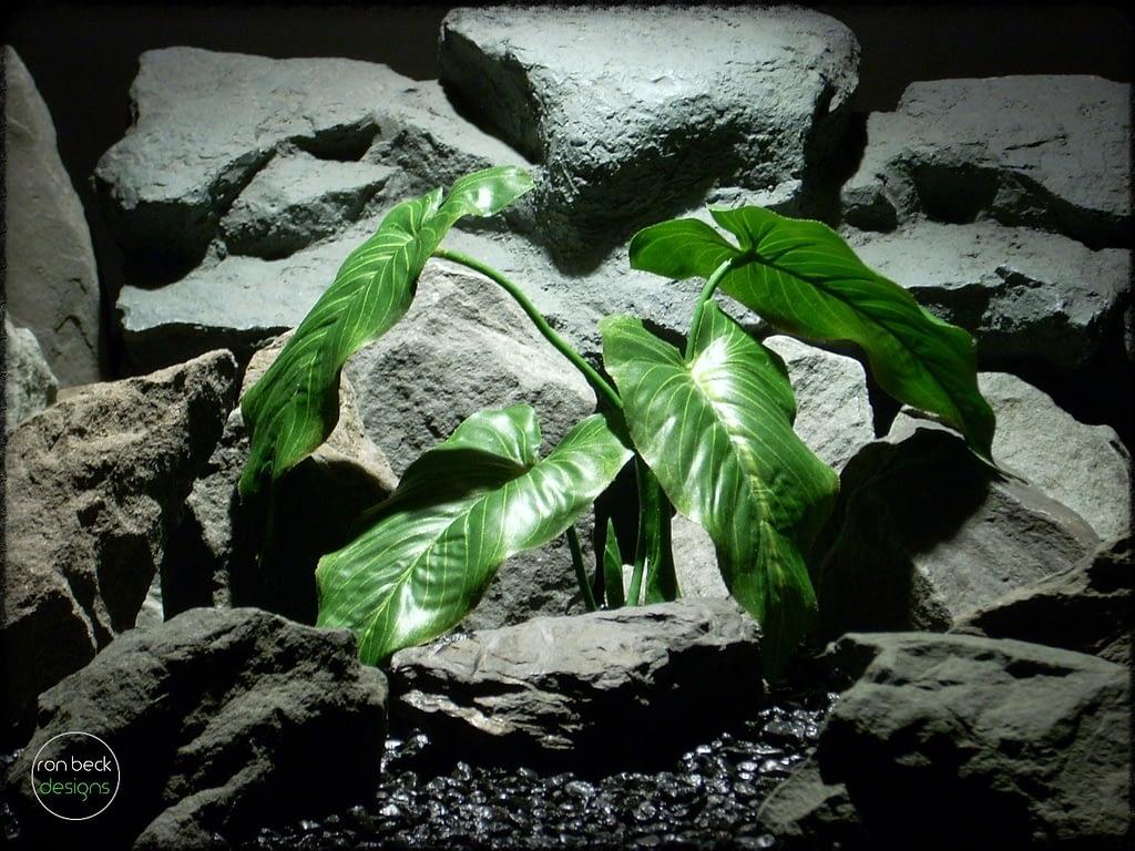 Artificial Calla Lily Leaves - Artificial Silk Reptile Plant - srp315