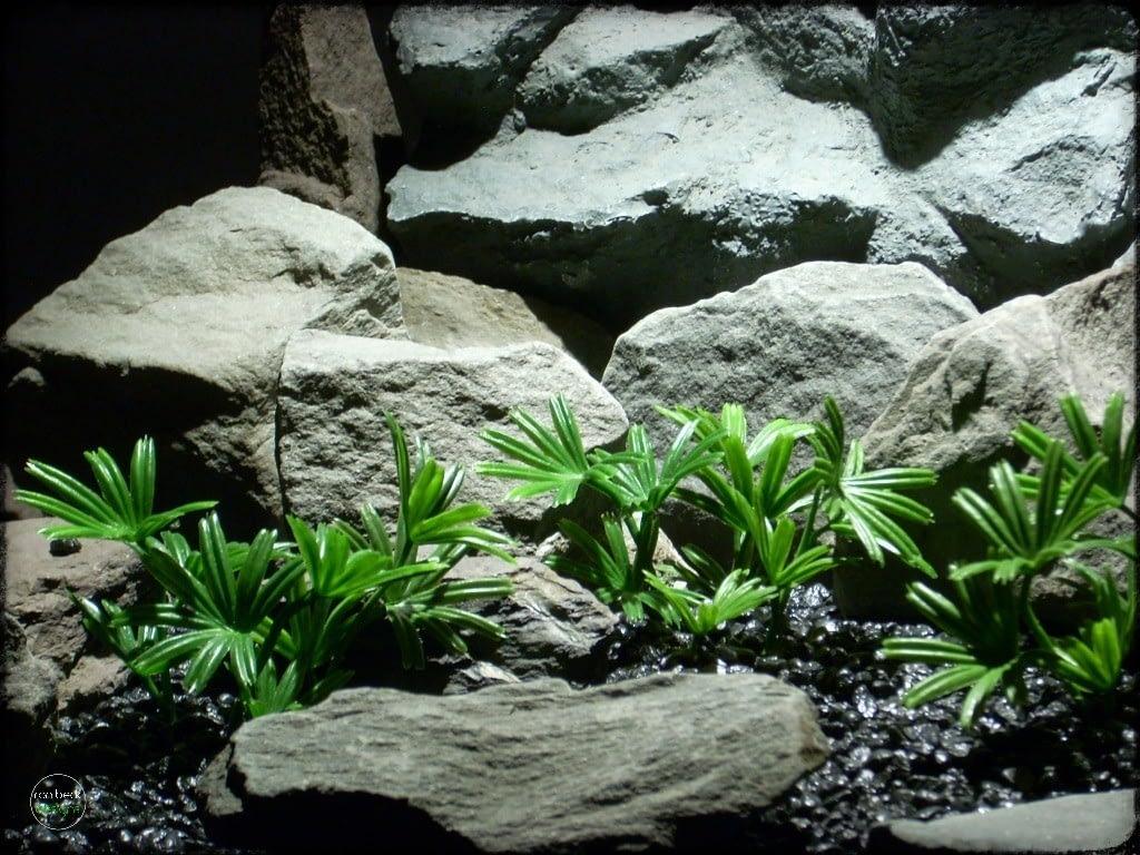 Lady Palm Mini Artificial Aquarium Plants pap266 2