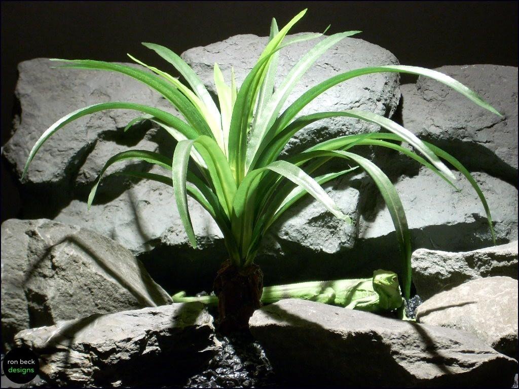 silk reptile plants spider plant trunk srp064 silk ron beck designs