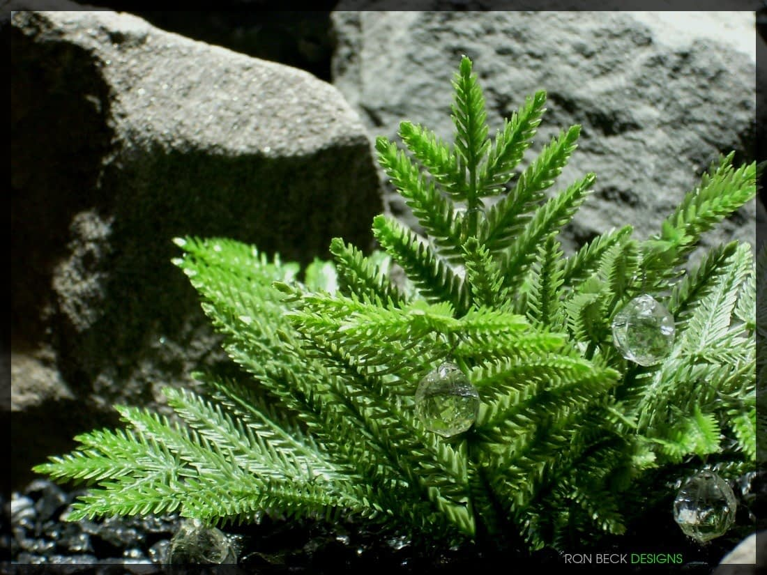 Artificial Coniferous Leaves - Artificial Reptile Plant - 1100 825