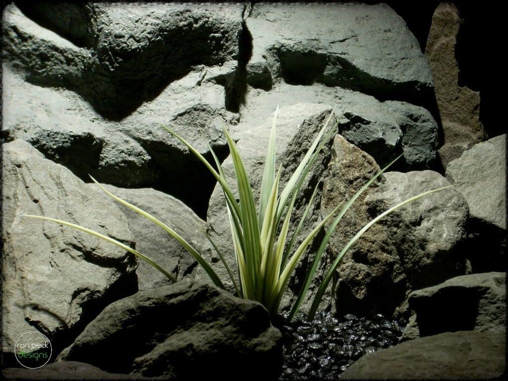 Artificial Vanilla Grass - Aquarium or Reptile Plant parp284 1024 2