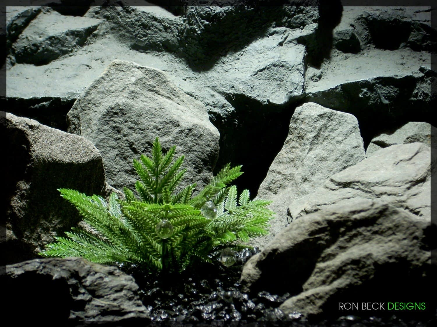 Artificial Coniferous Leaves - Artificial Reptile Plant - 1100 825 1