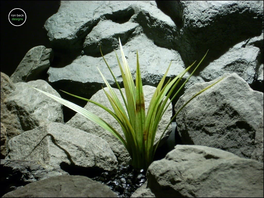 plastic-aquarium-plants-or-reptile-plants-wild-river-grass-custom-piece-ron-beck-designs
