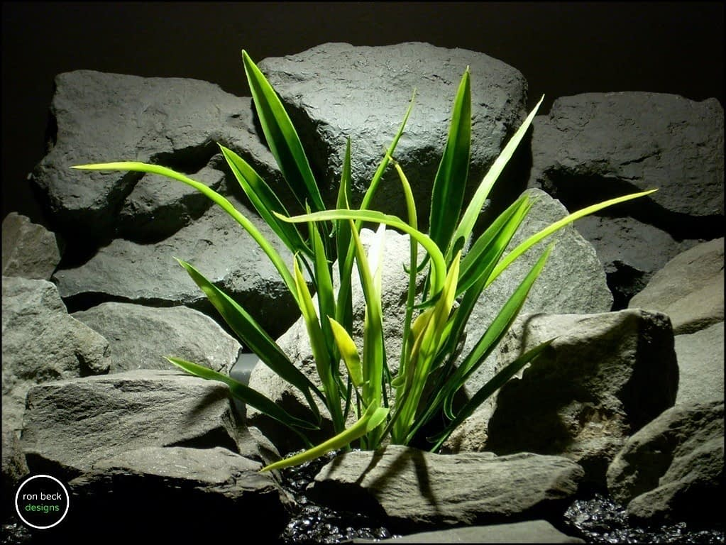 plastic aquarium plant arrowhead grass from ron beck designs. pap181
