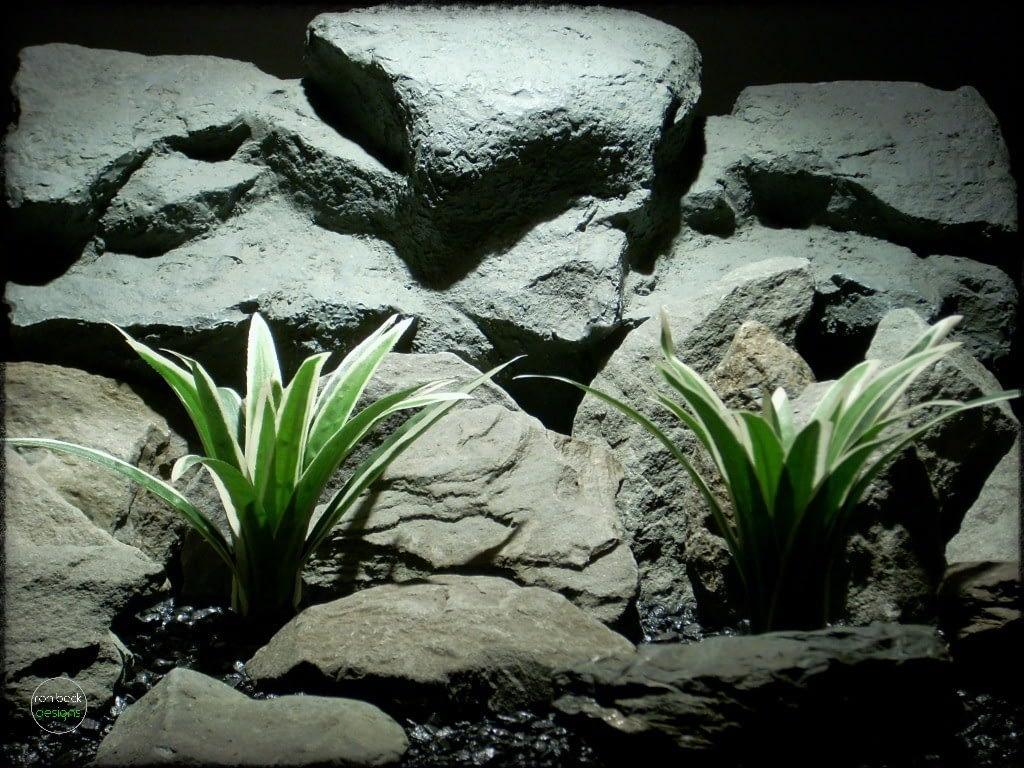 artificial Dracaena fragrans   Silk reptile plants   srp263